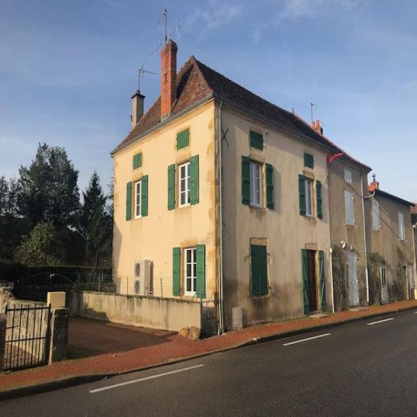 Offres de location Maison Saint-Martin-du-Lac 71110