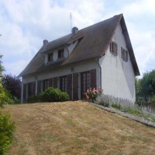 Offres de location Maison Bourg-le-Comte 71110