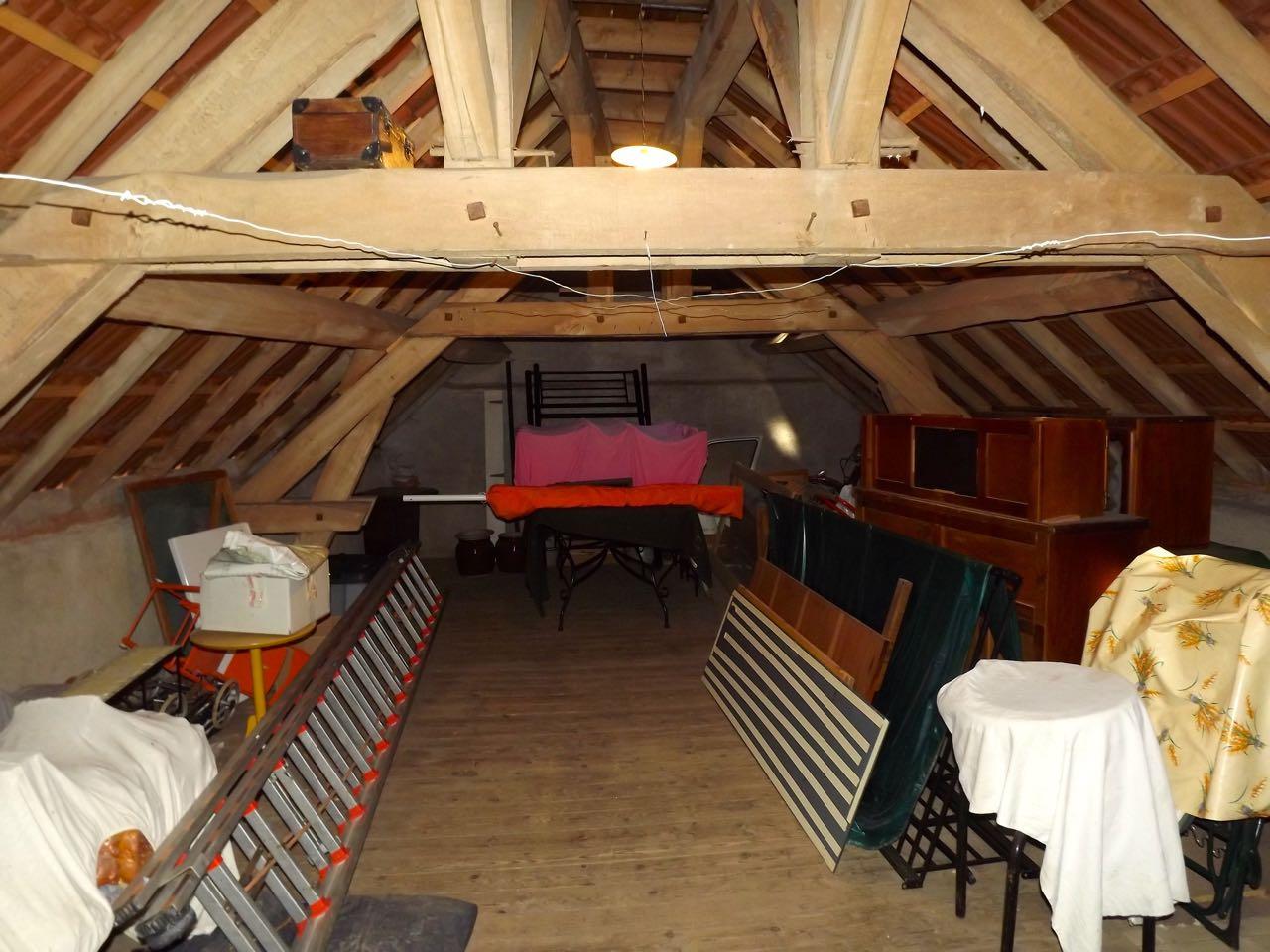 vente Petite maison de village mitoyenne 70 m2 habitables