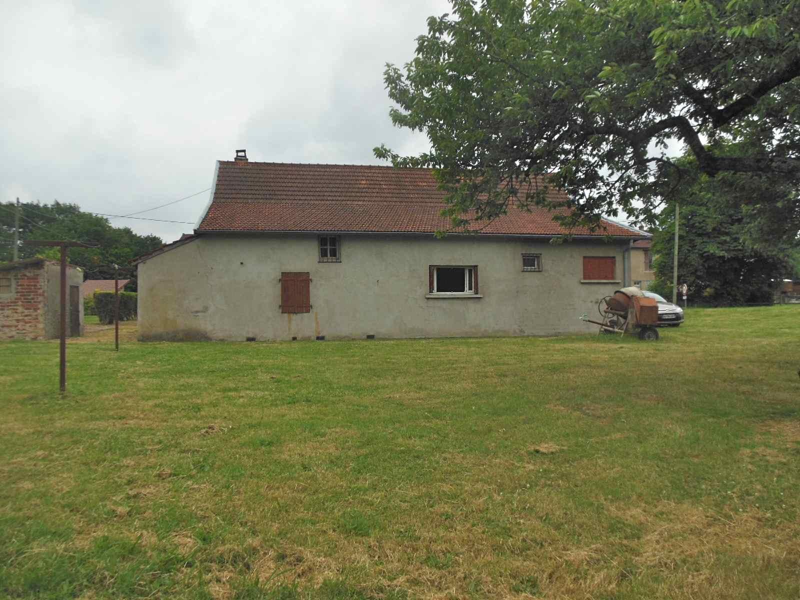Vente maison d 39 habitation a restaurer for Vente habitation