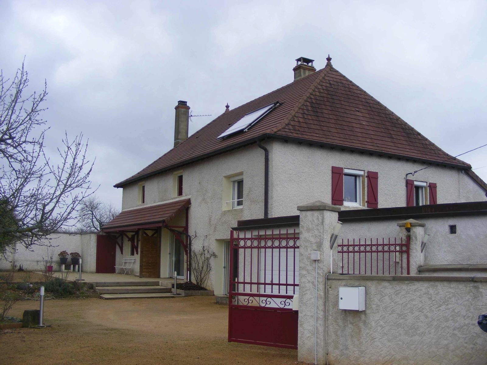 vente maison villa maison brionnaise renovee bienscom